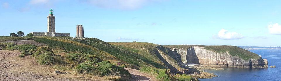 Le Cap Fréhel son phare et sa tour Vauban